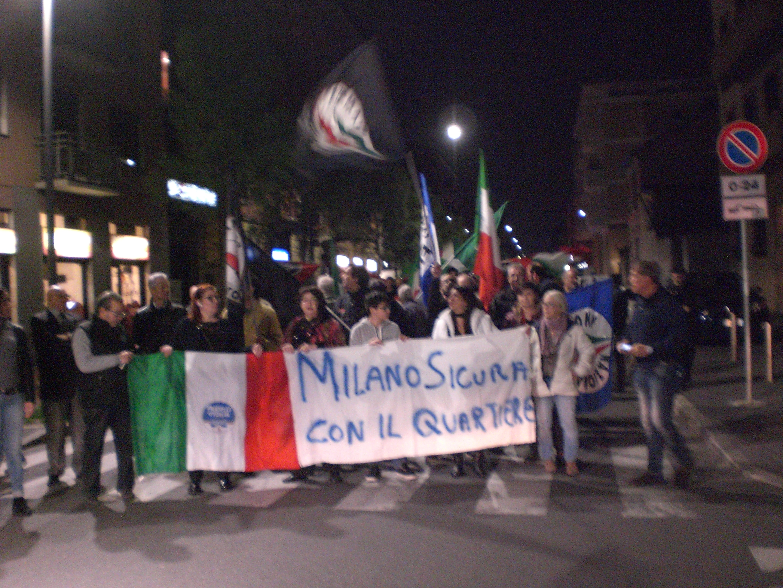 02 Lo striscione del Comitato Milano Sicura